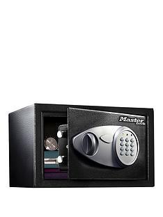 master-lock-medium-digital-combination-safe-164l