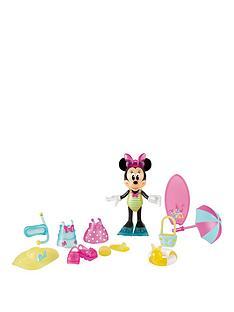 minnie-mouse-beach-beauty