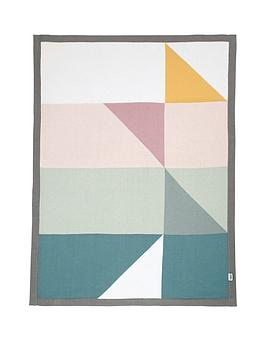 mamas-papas-knitted-blanket-triangles