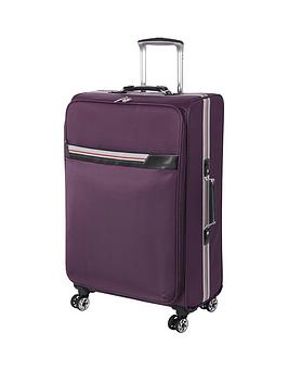 it-luggage-quasar-expander-4-wheel-spinner-medium-case