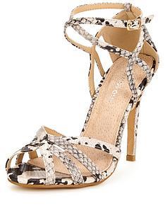 glamorous-caged-sandal