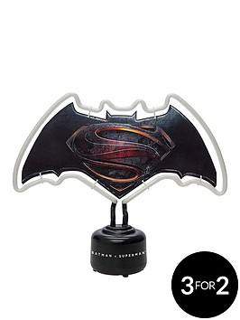 batman-v-superman-neon-light