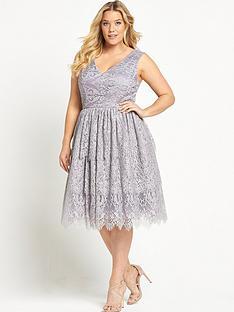 chi-chi-london-curve-v-neck-lace-dress