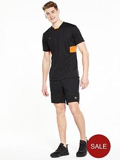 umbro-meduase-mens-t-shirt