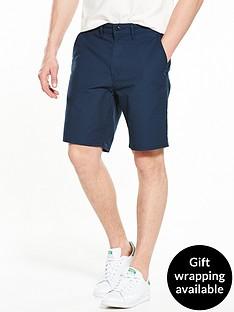 levis-straight-chino-shorts