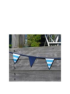 summerhouse-by-navigate-coast-6m-bunting