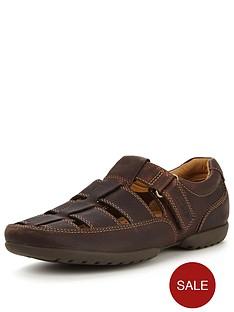 clarks-recline-open-shoe