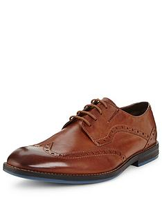 clarks-prangley-limit-wing-tip-shoe