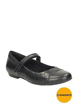 clarks-girls-tizz-whizz-shoes