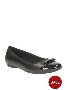 clarks-girls-tizz-fizz-ballerina-shoes