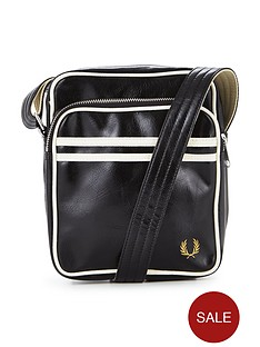 fred-perry-classic-pouch-bag
