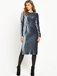 glamorous-ripple-effect-midi-dress-navy