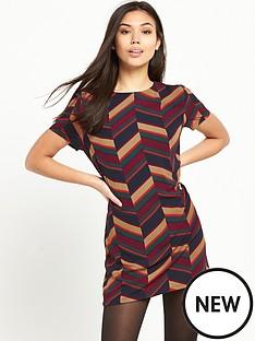 glamorous-glamorous-printed-short-sleeve-shift-dress