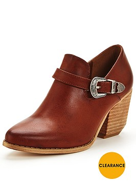 glamorous-western-ankle-boot