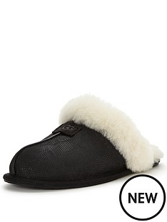 ugg-scuffette-ii-snake-slipper-black