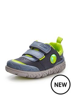 clarks-bronto-glow-shoe