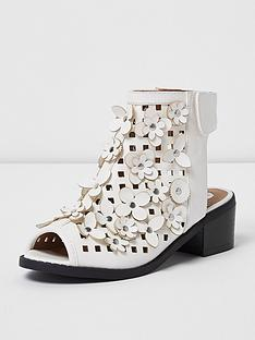 river-island-river-island-girls-block-heel-shoe-3d-floral