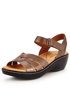 clarks-delana-varro-low-wedge-sandal