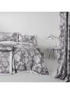 laurence-llewelyn-bowen-rimini-eyelet-curtains