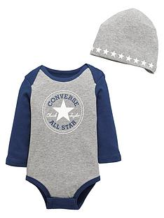 converse-baby-boy-bodysuit-and-hat-set