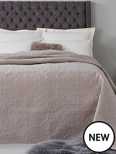hotel-collection-luxury-vintage-paisley-quilted-cotton-bedspread-throw-165x240