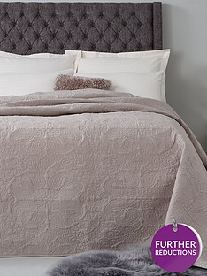 hotel-collection-luxury-vintage-paisley-quilted-cotton-bedspread-throw-165x240cm