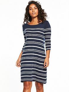 v-by-very-curve-hem-swing-knit-dress