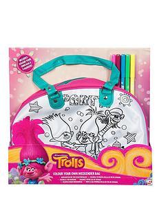 dreamworks-trolls-colour-your-own-weekender-bag