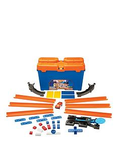 hot-wheels-track-builder-stunt-box