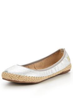 butterfly-twists-giginbspballerina-shoe--nbspcracked-silvernbsp