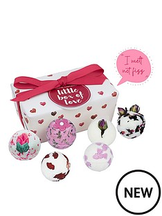 bomb-cosmetics-little-box-of-love-ballotin-box