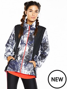 under-armour-international-printed-run-jacket