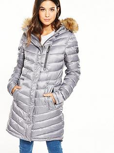 superdry-chevron-faux-fur-super-fuji