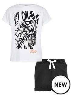 river-island-girls-white-graffiti-print-t-shirt-outfit