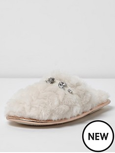 river-island-diamante-closed-toe-slipper