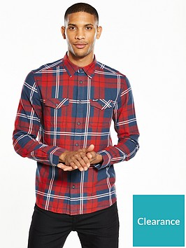 wrangler-long-sleeved-checked-shirt