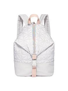 fiorelli-sport-strike-a-pose-backpack