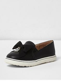 river-island-river-island-mini-girls-plimsoll-with-suede-bow