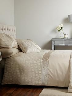 ideal-home-pvienna-velvet-panel-geo-duvet-cover-setp