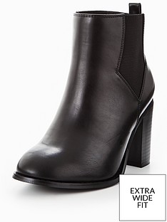 v-by-very-penny-extra-wide-fit-heeled-chelsea-boot-black