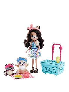 enchantimals-paws-for-a-picnic-doll-set