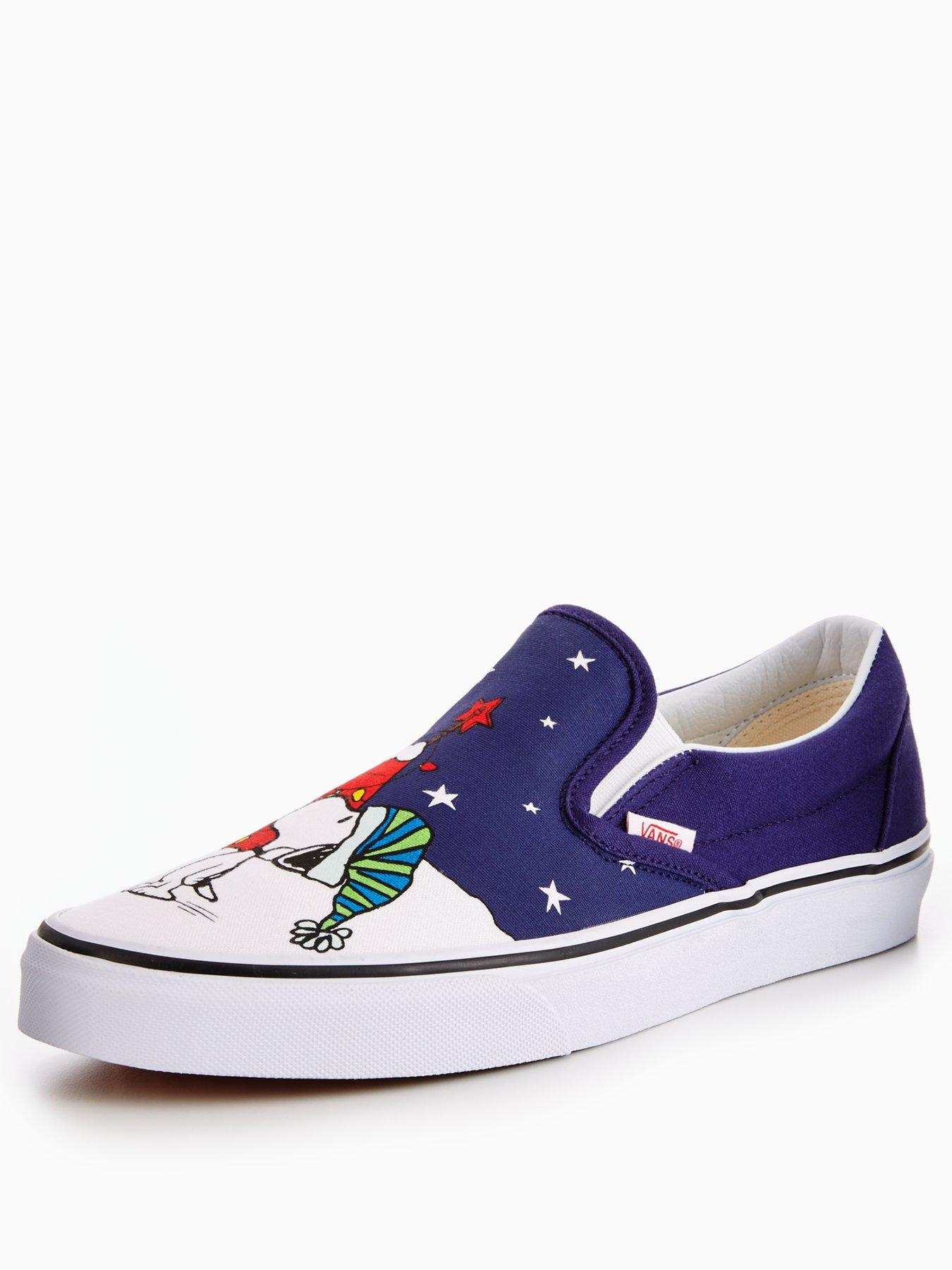 Vans Vans Peanuts Charlie Xmas Ua Classic Slip on 1600181870 Men's Shoes Vans Pumps Plimsolls