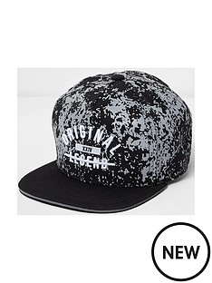 river-island-boys-original-legend-cap