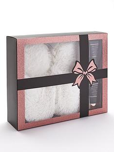the-indulgence-collection-luxury-foot-pamper-set