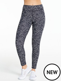 michelle-keegan-monochrome-printed-gym-leggings