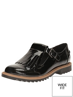 clarks-griffin-mia-wide-fit-loafer-black