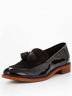 clarks-taylor-spring-loafer-black