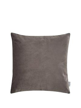ideal-home-luxury-opulence-cushion