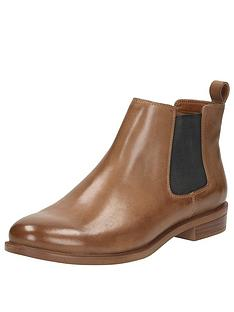 clarks-clarks-taylor-shine-leather-chelsea-ankle-boot