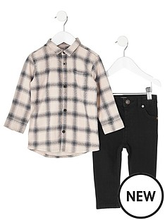 river-island-mini-boys-check-shirt-and-black-jeans-outfit